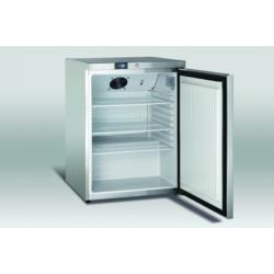 145 literes rozsdamentes hűtőszekrény 3 fehér huzalpolccal, digitális hőfokszabályzóval, ventilációs hűtéssel, zárral és önzáródó ajtóval.